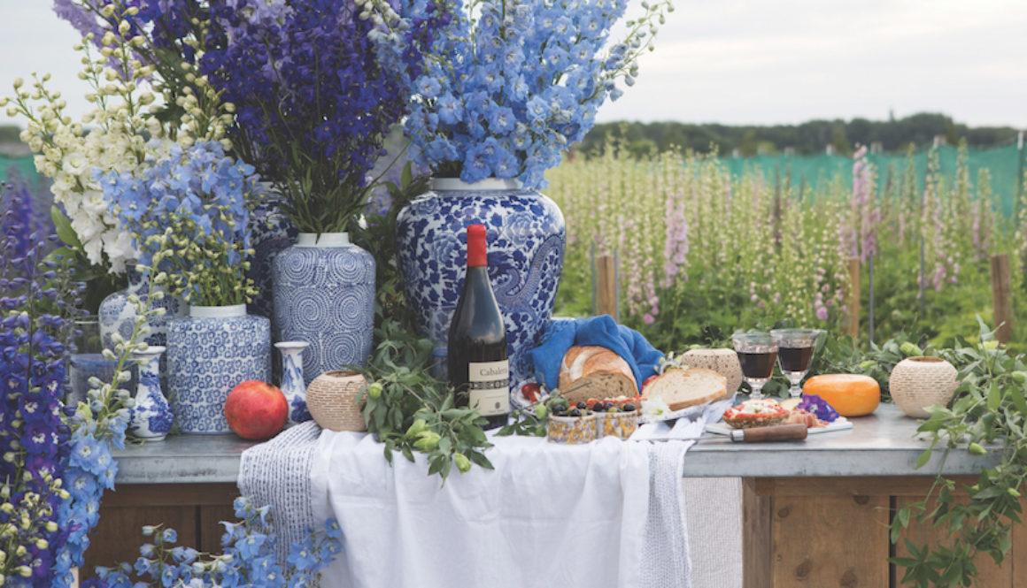 blue flower table